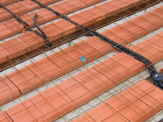 Fabricação de Lajes - Lajes treliçadas com ferro negativo